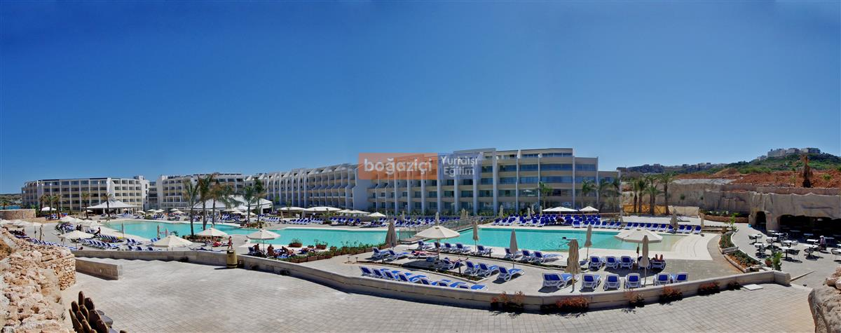 Seabank Pano Pool